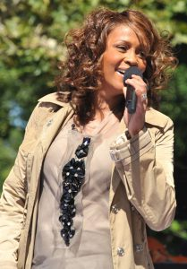 800px-Flickr_Whitney_Houston_performing_on_GMA_2009_4
